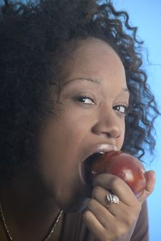 Free Close Up Of A Girl Eating An Apple Stock Images - 1550474