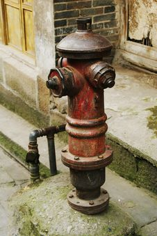 Free Fire Hydrant Royalty Free Stock Photos - 1552268