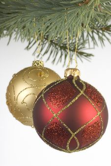 Free Red And Gold Christmas Baubles Stock Photos - 1559053