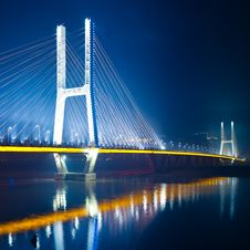 Free Bridge Night Royalty Free Stock Photos - 15503548