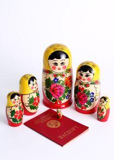 Free Matryoshka Dolls Family Surrounding USSR Passport Royalty Free Stock Photography - 15503817