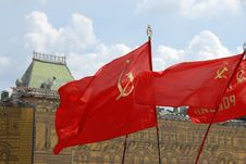Free Red Soviet Flags On Red Square In Moscow Royalty Free Stock Images - 15504389