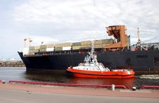 Free Container Ship Royalty Free Stock Photography - 15504657