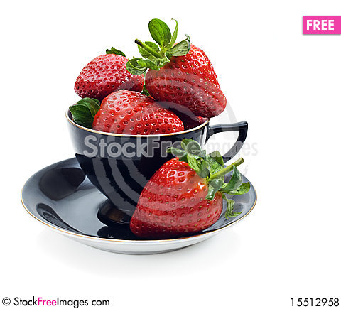Free Strawberries In A Tea Cup Royalty Free Stock Photos - 15512958