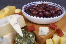 Free Cheese Varieties Stock Photo - 15510270