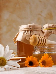 Free Flowers And Honey On Sackcloth Royalty Free Stock Images - 15512799