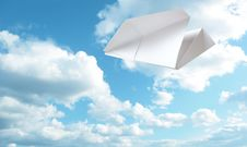 Free Paper Plane Royalty Free Stock Images - 15514329