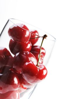 Free Cherries Royalty Free Stock Photography - 15514617