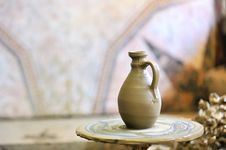 Free Making Of A Ceramic Vase Royalty Free Stock Photos - 15515538