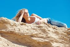 Free Young Beautiful Blonde Stock Photography - 15517162