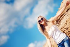 Free Young Girl The Blonde In Jeans Royalty Free Stock Photo - 15517465