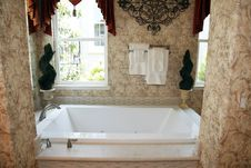 Free Luxury Home Bathroom Royalty Free Stock Photos - 15517768
