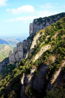 Free Montserrat Mountain Landscape Royalty Free Stock Images - 15519339