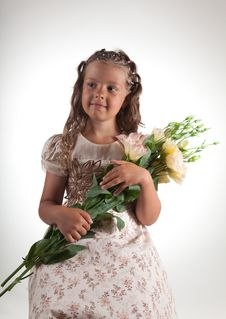 Free Cute Little Girl Holding Flowers Royalty Free Stock Images - 15519789