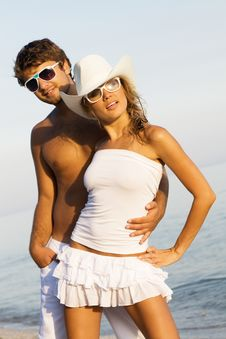 Free Romantic Young Couple Stock Image - 15520081