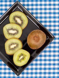 Free Kiwi Fruit Plate Stock Images - 15522534