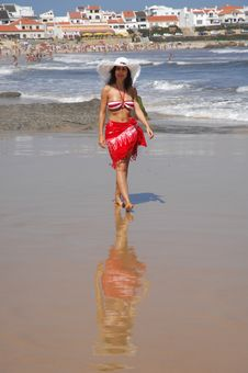 Free Beautiful Girl Walking On The Beach Royalty Free Stock Photo - 15525075