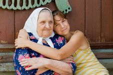 Grandmother And Granddaughter Embraced And Happy Royalty Free Stock Images