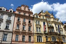 Free Prague S Beautiful Buildings Royalty Free Stock Photography - 15531547