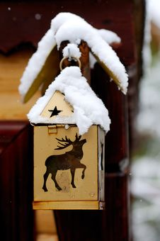 Free Golden Christmas Lantern With Deer And Stars Royalty Free Stock Photography - 15536137