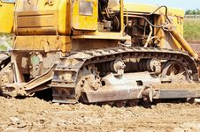 Free Bulldozer Royalty Free Stock Image - 15538276