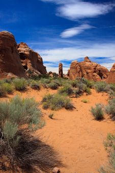 Free Devils Garden Trail Stock Photography - 15539832