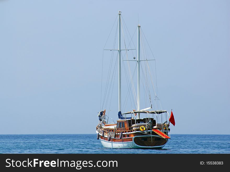 Wooden keel ship