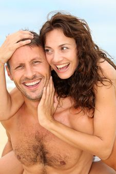 Free Happy Couple In Holidays Stock Photography - 15541252