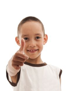 Free Young Boy Showing OK Royalty Free Stock Images - 15545589