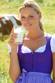 Free Bavarian Girl With Milk Stock Photography - 15548632
