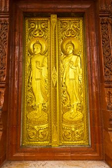 Free Thai Temple Door Royalty Free Stock Image - 15548816