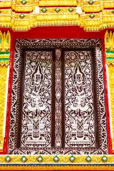 Free Thai Temple Window Stock Photography - 15549202