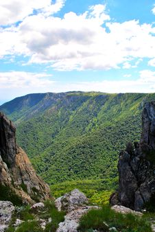 Free Crimean Mountains Stock Images - 15550054