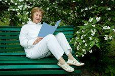 Free Elderly Woman Royalty Free Stock Photo - 15554585