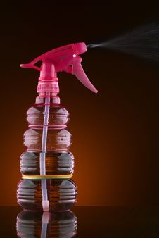 Free Spray Bottle Royalty Free Stock Photography - 15559217
