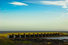Free Stoune Bridge. Golden Evening. Royalty Free Stock Photos - 15559578