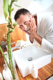 Free Closeup Of Man In Bathroom Royalty Free Stock Photos - 15559748