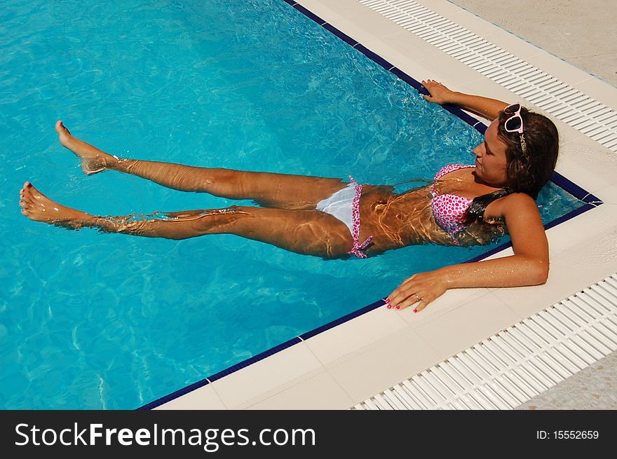 Relax in a swimming pool