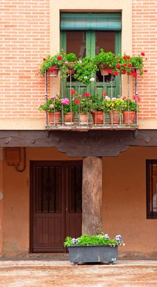 Free House With Flowers Stock Photos - 15561343