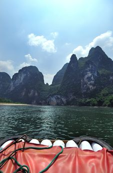 Free Bamboo Raft And Peaks, Li River Stock Photo - 15562010