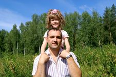 Free The Father With The Daughter Royalty Free Stock Photography - 15567347