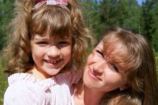 Free Beautiful Mother And The Daughter Stock Photography - 15568282