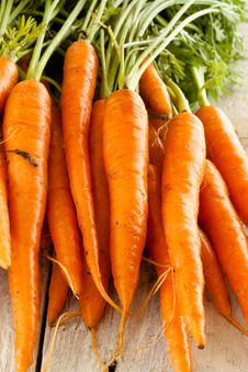 Free Carrots Straight From The Ground Royalty Free Stock Image - 15568776