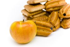 Free Apple And Cookies Royalty Free Stock Images - 15568869