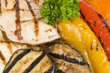 Free Grilled Chicken Breasts And Vegetables Stock Images - 15569834