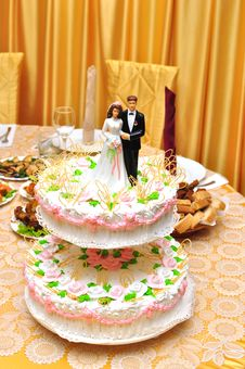Free Wedding Cake Royalty Free Stock Photography - 15574827