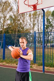 Free Street Basketball Royalty Free Stock Photo - 15575895