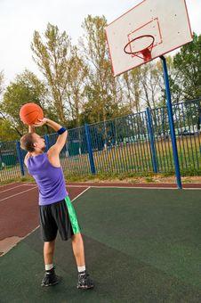 Free Street Basketball Stock Photo - 15575930