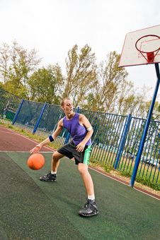 Free Street Basketball Stock Photography - 15575932