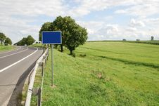 Free Country Road Royalty Free Stock Photos - 15576258